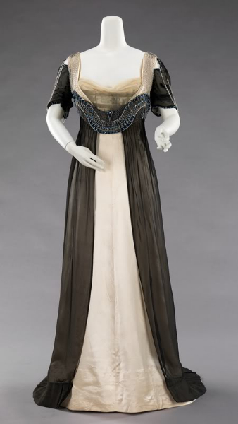 Worth gown 1910