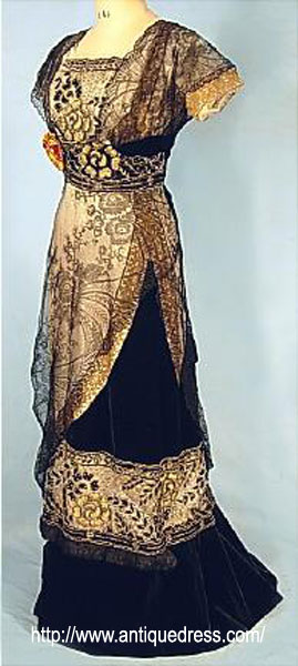 Edwardian evening gown 1909