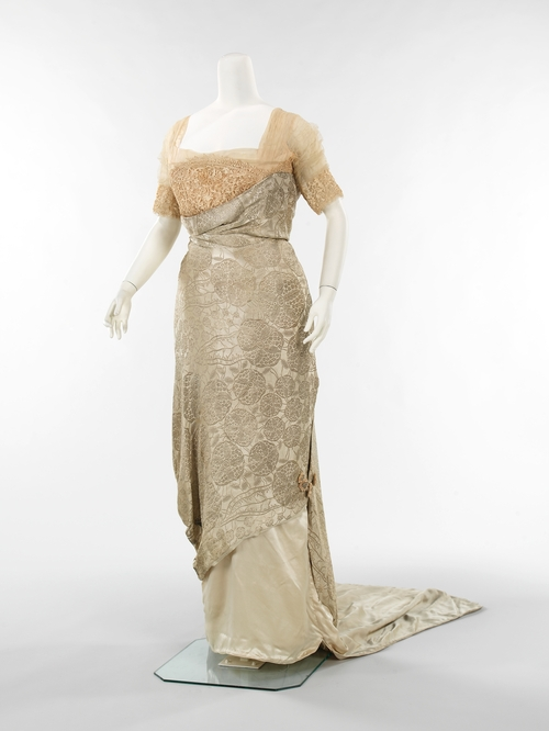 1912 beige evening dress by callot soeurs